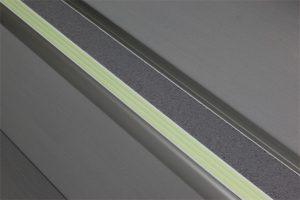 Ecoglo F8161 Luminous Metal Flat Stair Nosing