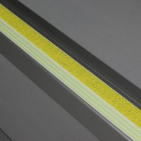 F4-E20_Flat-Stair-Nosings_f4151-Yellow_Installed