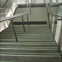 f4-e20-flat-stair-nosings-station-f4171